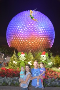 PhotoPass_Visiting_Epcot_7567585936